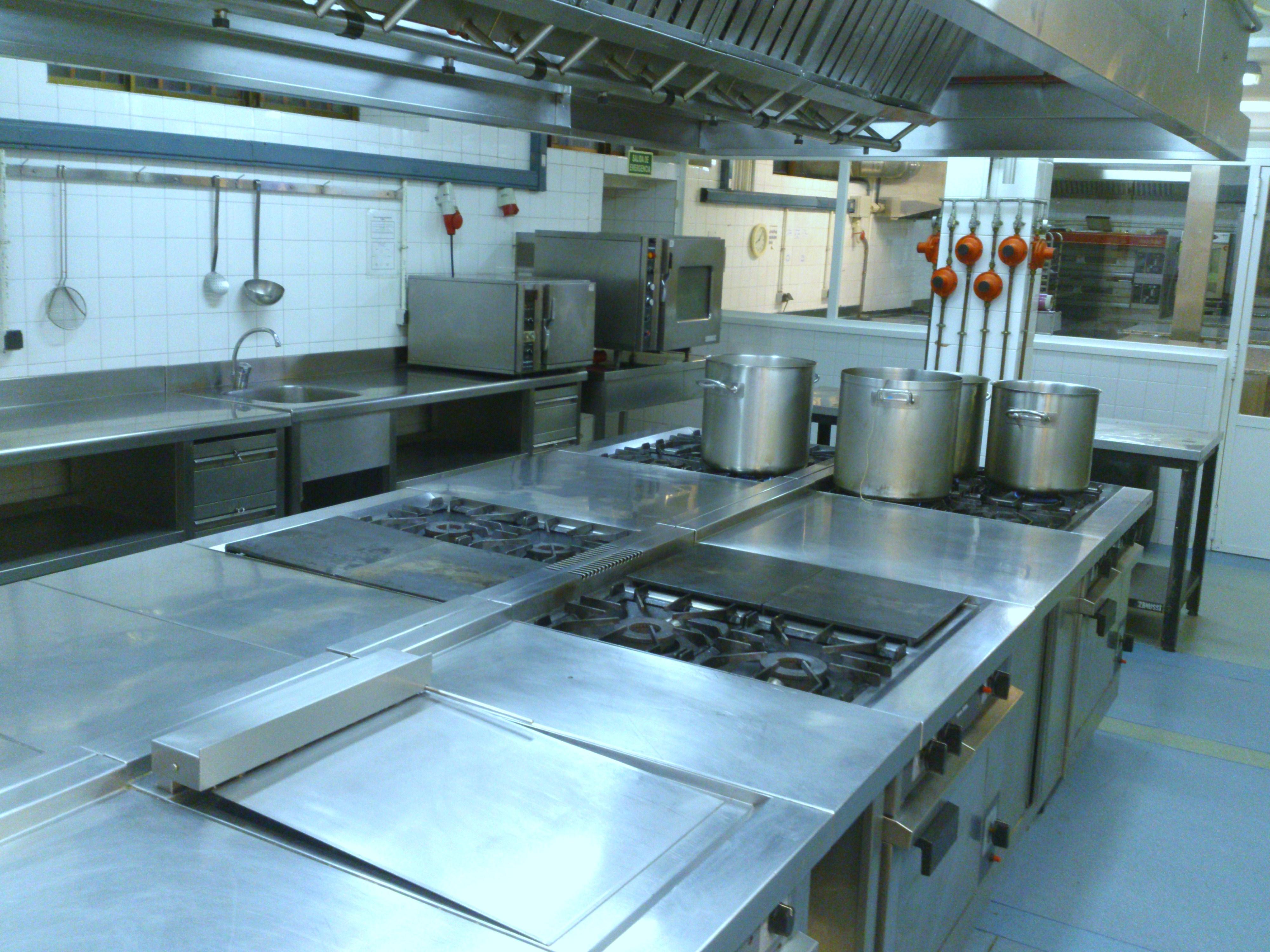 Cocina de 1º | Hotel Escuela de la Comunidad de Madrid